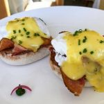 How to make hollandaise sauce with a blender?